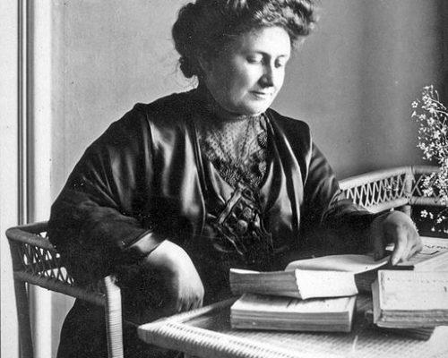 María Montessori en 1913