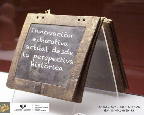 """Inscripción """"Innovación educativa actual desde la perspectiva histórica"""" en una tablilla tardorromana."""